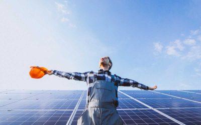 ¿Qué mantenimiento necesita un panel solar?